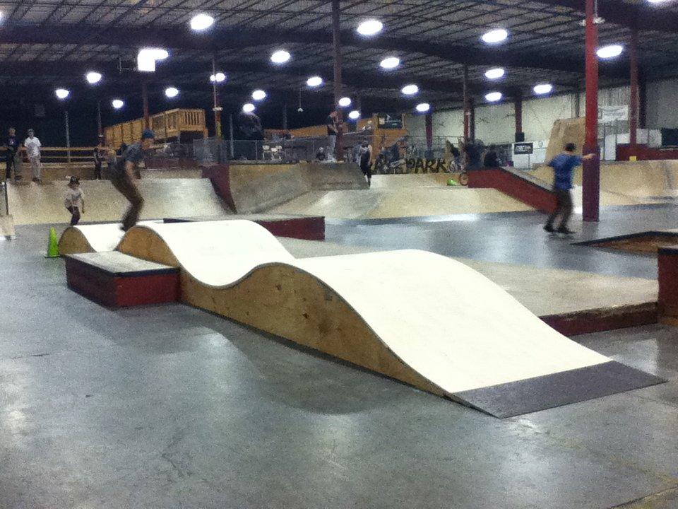 Площадки скейт-парков и роллердромов 16