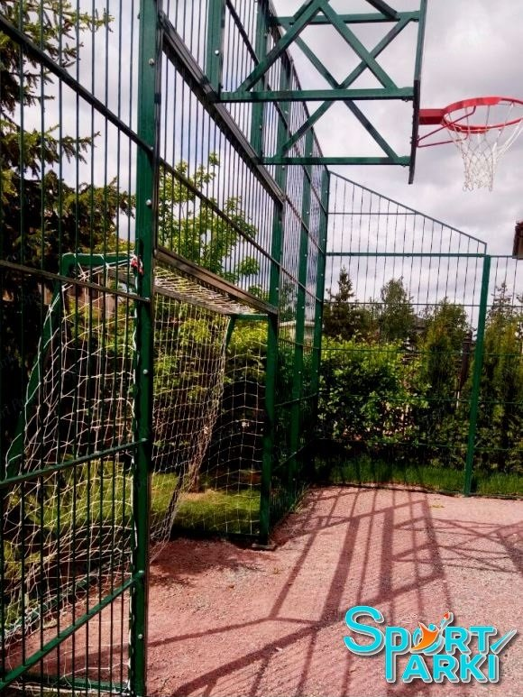 Ограждение универсальных спортивных площадок 17