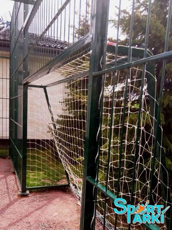 Ограждение универсальных спортивных площадок 16